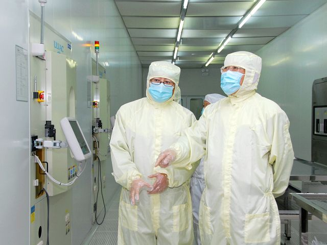 coverall in cleanroom